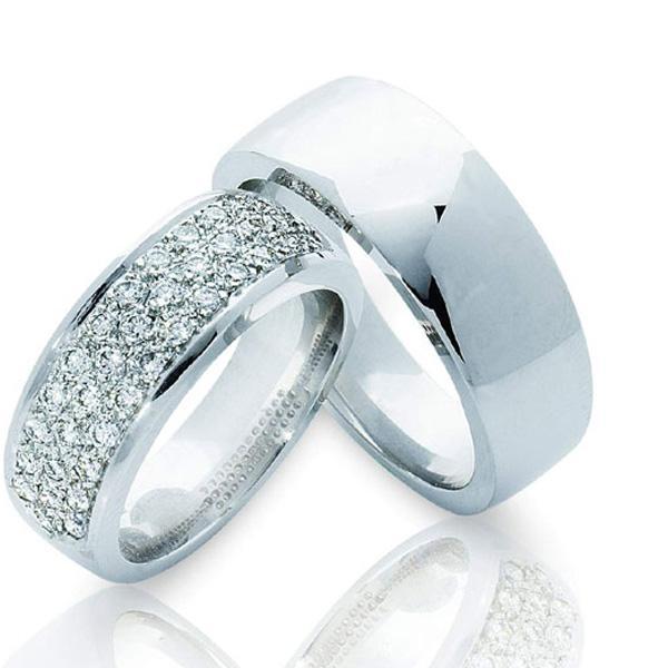 Обручальные кольца из белого золота - тренд сезона 3f5a6cb197ac3